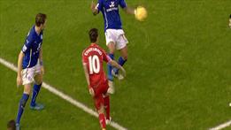 Bir penaltı kararı daha!