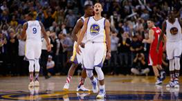 Sezona rekor başlangıç! Sürücü koltuğunda yine Curry var!