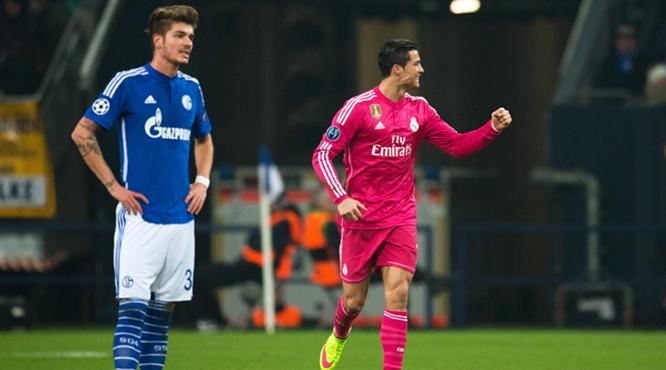 Real kapıyı araladı, Ronaldo Messi'yi yakaladı!