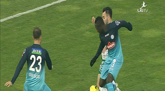 Bursa'nın penaltı beklediği an