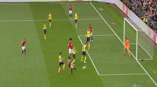Dev maçta ilk gol!.. ManU öne geçti!..