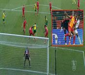 Mbokani, Drogba'yı çok izlemiş olmalı! Topukla harika bir gol!