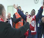 Eto'o'dan çılgın kutlama: