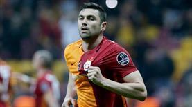 Galatasaray'dan Çin'e transfer olan Burak Yılmaz gözyaşlarına boğuldu!