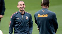 Riekerink, Sneijder'i Türkiye Kupası'nda dinlendirecek