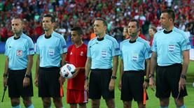 İtalya-İspanya maçını Cüneyt Çakır yönetecek
