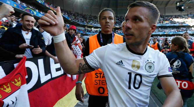 Podolski Almanya Milli Takımı'nı bırakacak mı?