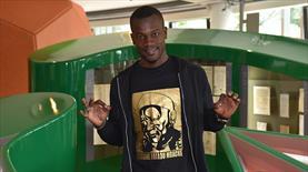 Werder Bremen'e Senegalli defans
