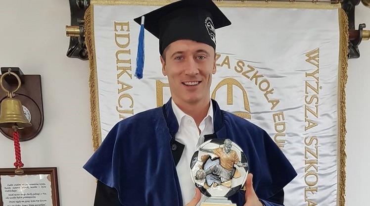 Lewandowski mezun oldu